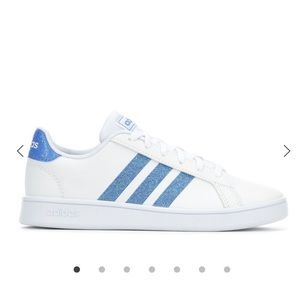 Girls adidas baby blue/white grand court sneakers